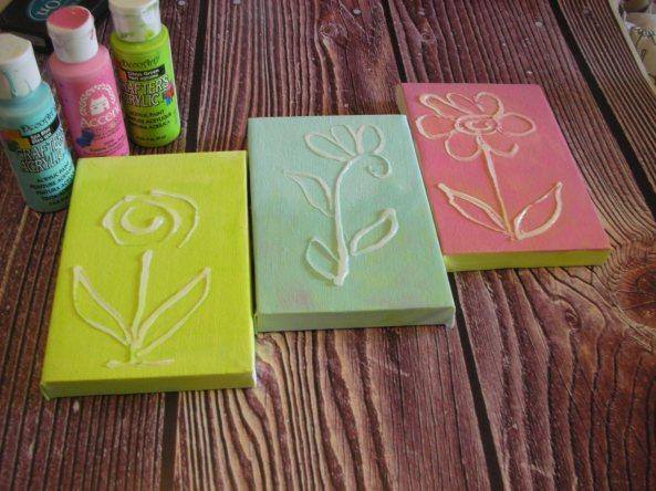 הדרכה: פרחים נאיבים על קנווס - תופרת חלומות - תפוז בלוגים